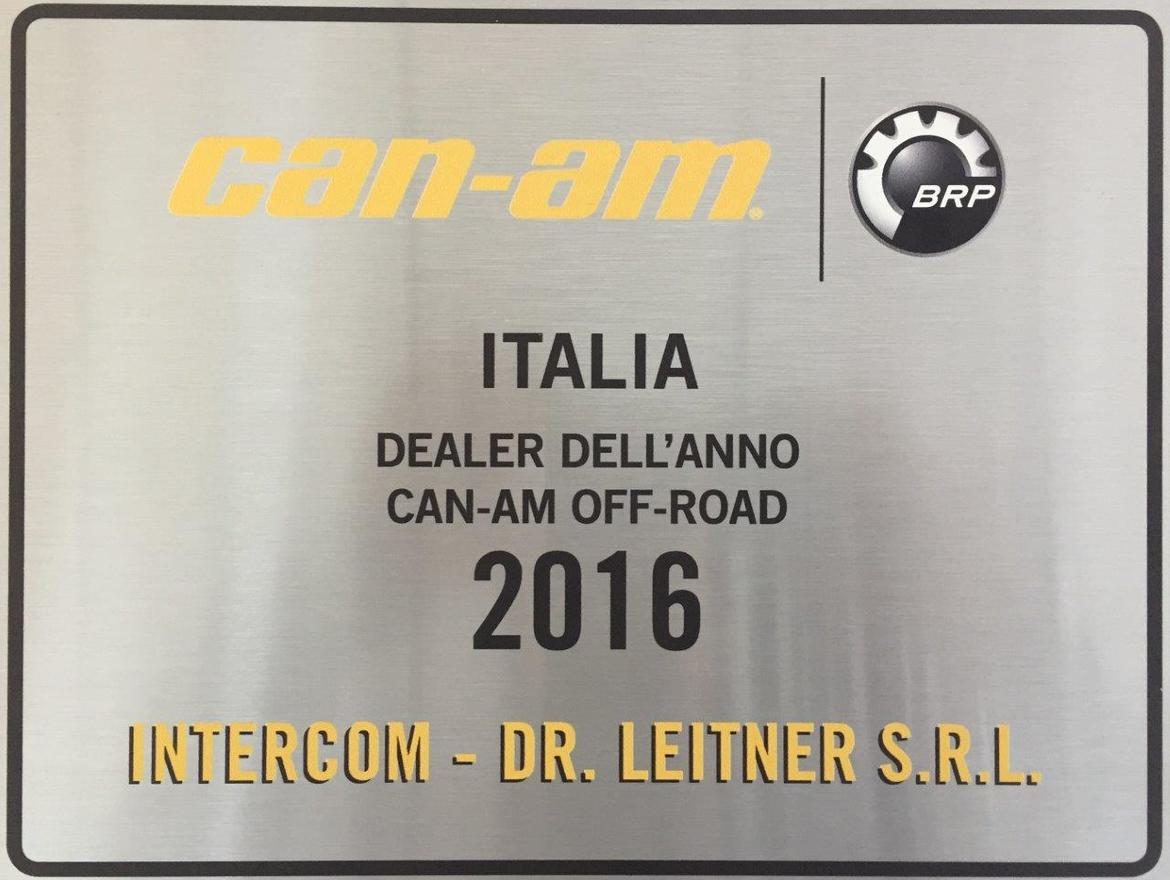 Premiazione come DEALER OF THE YEAR 2016 da parte di BRP CAN-AM